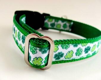 St. Patrick's Day  Dog Collar Shamrocks - just a little fancier