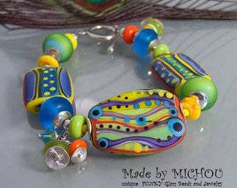 Samba - Art Glass Bracelet made by Michou Pascale Anderson