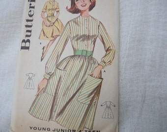 Vintage 1960s Butterick sewing pattern 2261 full skirted dress size 10