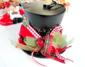 Christmas Ornament, Black Top Hat, Collectible Holiday Tree Decor
