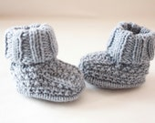 knitted baby booties, blue baby bootees, knitted baby shoes