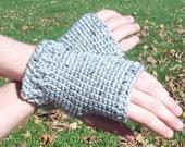 crocheted handwarmers (grey fleck)
