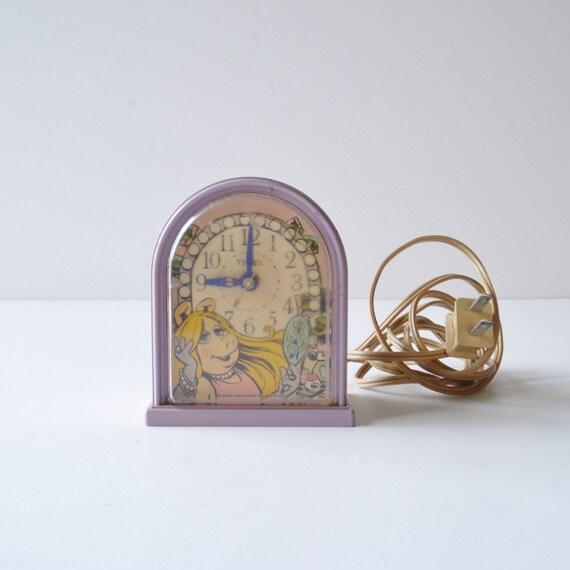 Vintage Miss Piggy Clock Timex Electric Alarm Clock Ca 1982