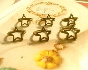 6 Brass Star Rings