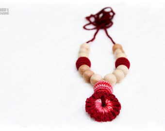 100% Organic Nursing necklace - Teehing necklace with colorful crochet flower pendant - burgundy, coral mix  Christmas in July Sale