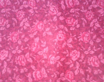 Floral Cotton Roses in Shades of Mauve ... 1 1/2 Yards