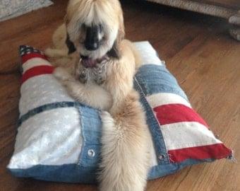 Dog Bed, Old Glory Dog Bed, Denim dog Bed, Large Dog Bed, Red white and blue dog bed, American Flag Dog Bed