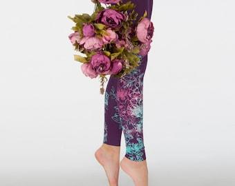 Velvet roses - violet leggings with purple, violet and  mint green print