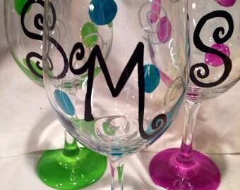 Monogrammed Wine Glass, Initial Wine Glass, Birthday Glass, Wedding, Bridesmaids Gift, Maid of Honor Glass, Hand Painted Monogrammed Glass
