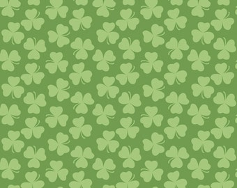 Holiday Clover in Green - Riley Blake Designs - 1 Yard Cut
