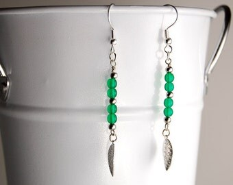 Simple Elegant Dangle Leaf Earrings in Green & Silver