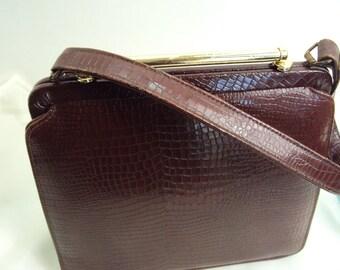 Vintage Faux Snakeskin Purse Reddish Brown w Gold tone bar Clasp 50s Handbag