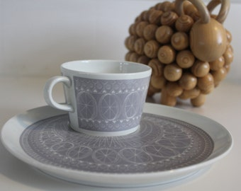 "Stunning lavender ""Katie"" pattern breakfast set by  Arabia Finland"