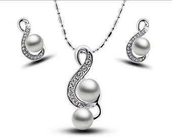 White pearl music fashion necklaces earrings suit