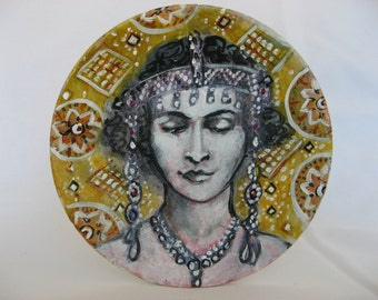 Lady in Art Deco, painting on saucer