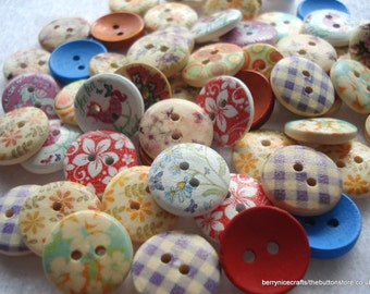 15mm Mixed Wood Buttons Pack of 50 Mixed Buttons W15mix