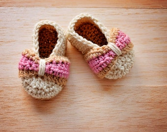 Baby Bow shoes- Crochet Baby Shoe Pattern