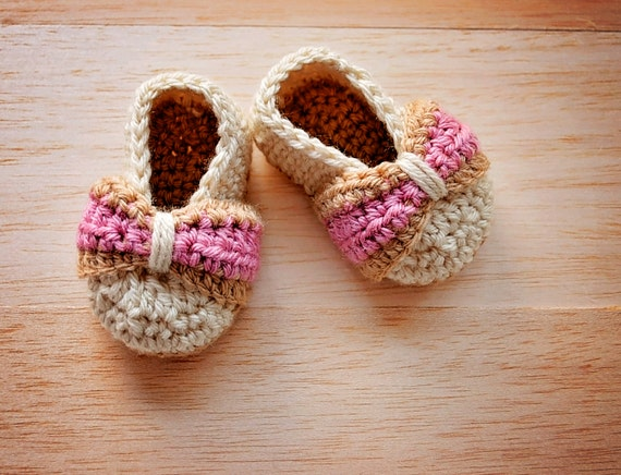 Baby Bow shoes Crochet Baby Shoe Pattern