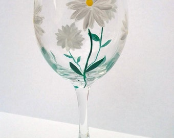 Hand Painted Wine Glasses - Daisy