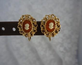 VINTAGE CAMEO FILIGREE Clipback Earrings