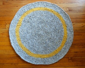 Rag Rug in Yellow and Gray -- Round, Cotton