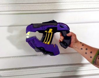 Halo Plasma Pistol - Raw Cast (electronics included)