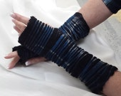 Petite Shibori Dyed Hand Felted Merino Wool and Silk Fingerless Gloves - Blue Jay Wristwarmers