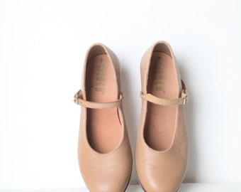 Vintage Size 6.5 Women's Tan Leather Tap Shoes