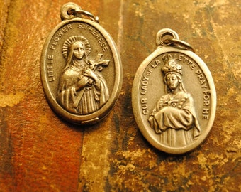 2 ANTIQUE  ovals findings love pendant good luck Relic Catholic protection antique no.26 silver art