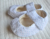 Newborn/ baby boy booties/ shoes- white/blue polka dot boy booties- size 3-9 mos