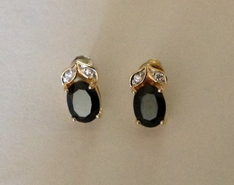 Vintage Black Onyx Stone Pierced Earrings