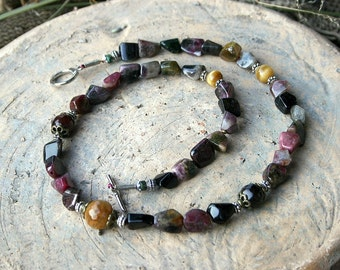 Beautiful short gemstone necklace