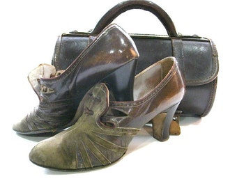Vintage 1920s Ladies Shoes Leather Suede Size 6
