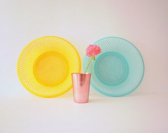 Vintage Plastic Baskets/Bowls Turquoise and Yellow