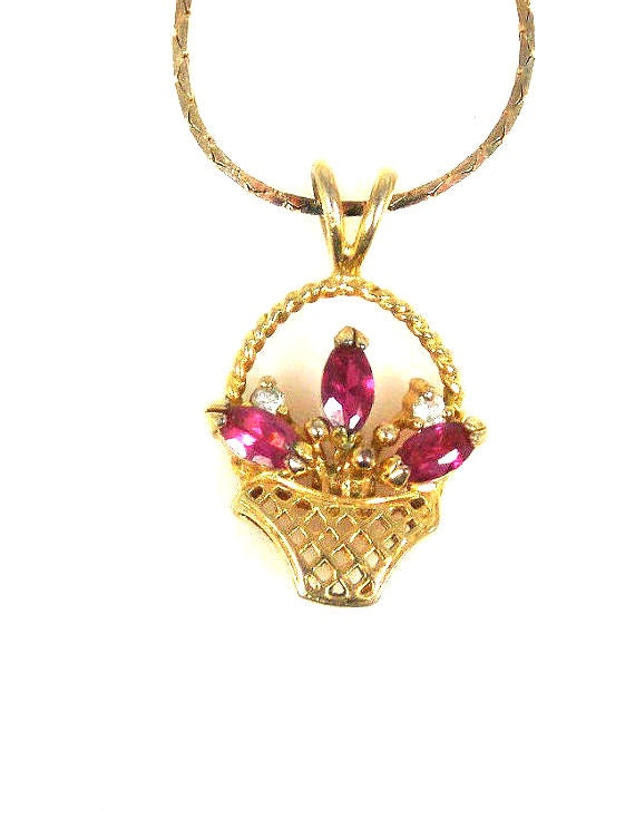 Vintage Pink Rhinestone Flowers In Basket Necklace Pendant Gold Electroplate