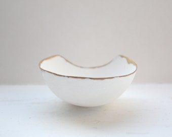 Fine bone china small stoneware bowl with real gold in unusual shape