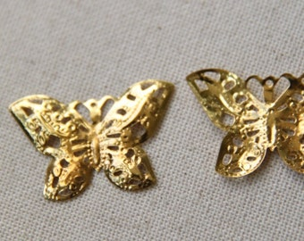 48 ocs if iron butterfly filigree-32x22mm-1621-gold