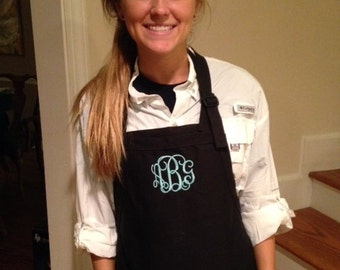 Monogrammed or personalized Apron with 3 pockets