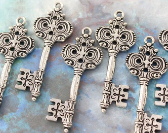 10 pcs Antique Silver Double sided skeleton Key Charm