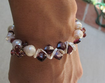 Garnet and Keishi Pearl Bracelet. Freshwater Pearl. Gemstone. Wire Wrapped.Gift.Anniversary.Birthday