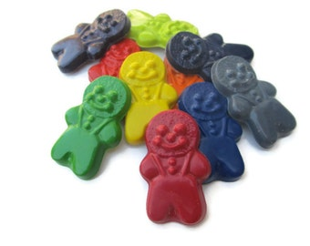 Gingerbread Man Crayons set of 20 - Christmas Crayons - Party favors - Stocking stuffers