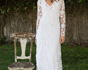 bohemian wedding dress. crochet lace long sleeve boho wedding dress gown. simple elegant dress. WHITE or IVORY. vintage inspired