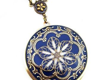 Midnight Blue Brass Filigree Flower Locket Vintage Locket Photo Locket, Valentine Gift For Her, Wedding Locket Picture Locket