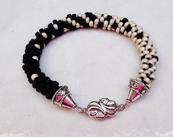Black and Creme Fade Bracelet