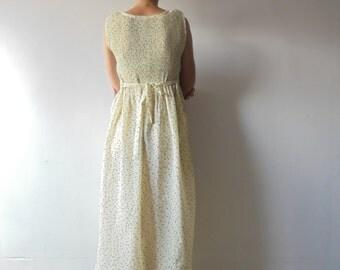 Vintage Dress.Long Dress.Soft Cream Dress.Tiny Print Dress.Elastic Bust Dress.