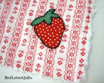 Chenille Kitchen Dish Cloth SET w/ Strawberry Applique Vintage Red & White Ticking Fabric
