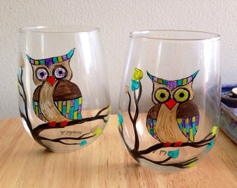 Hand painted stemless wine glasses, owl on a tree branch.