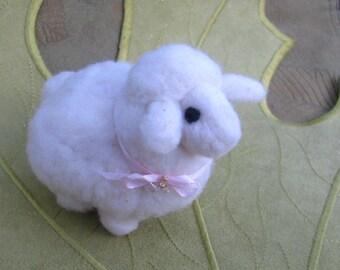 Felted Lamb-Agneau