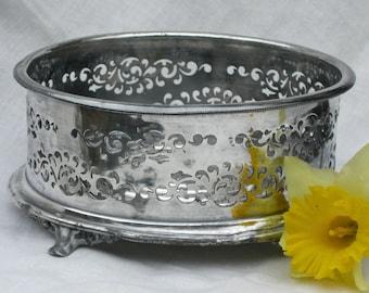 Casserole Dish Holder - Round - Silver Plate - Vintage