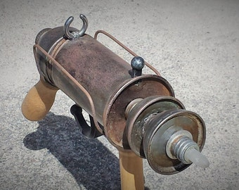 Steam Punk Ray Gun with Lights, one of a kind creation, FREE SHIPPING!